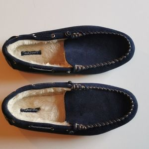 🔥 Lands End Moccasins, size 11